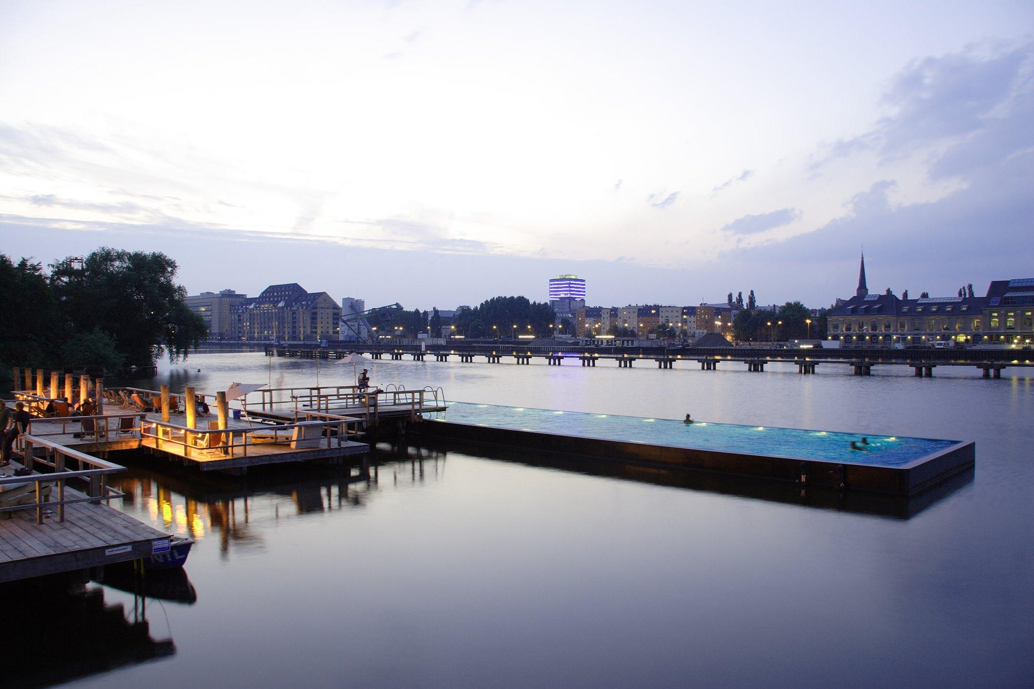 Badeschiff Berlin – Spree